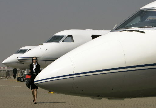 Jets for bigwigs seen as a necessity, not luxury