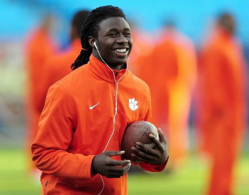 Swinney: Receiver Watkins could play against Auburn