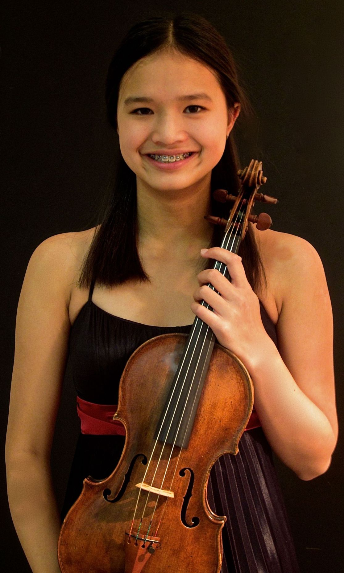 Oregon violinist wins initial CSO young artist competition