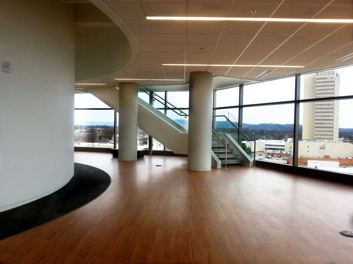 Clemson business program blends new state-of-the-art building with Greenville industries