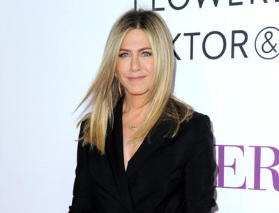 Aniston inspires actresses to address sexism
