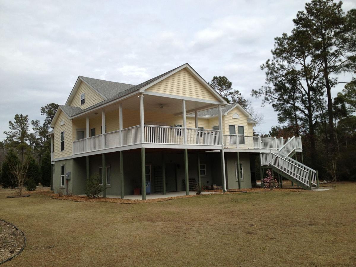 6140 Rio Vista Lane — Quiet locale, acre of land, deluxe kitchen set apart Johns Island house for lease