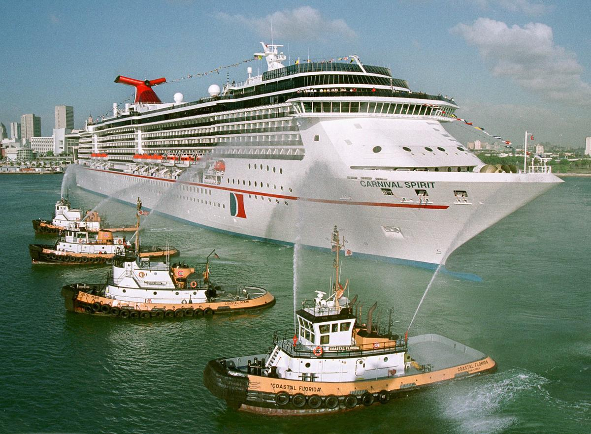 2 Carnival cruise passengers thought to have fallen overboard off Australia's east coast