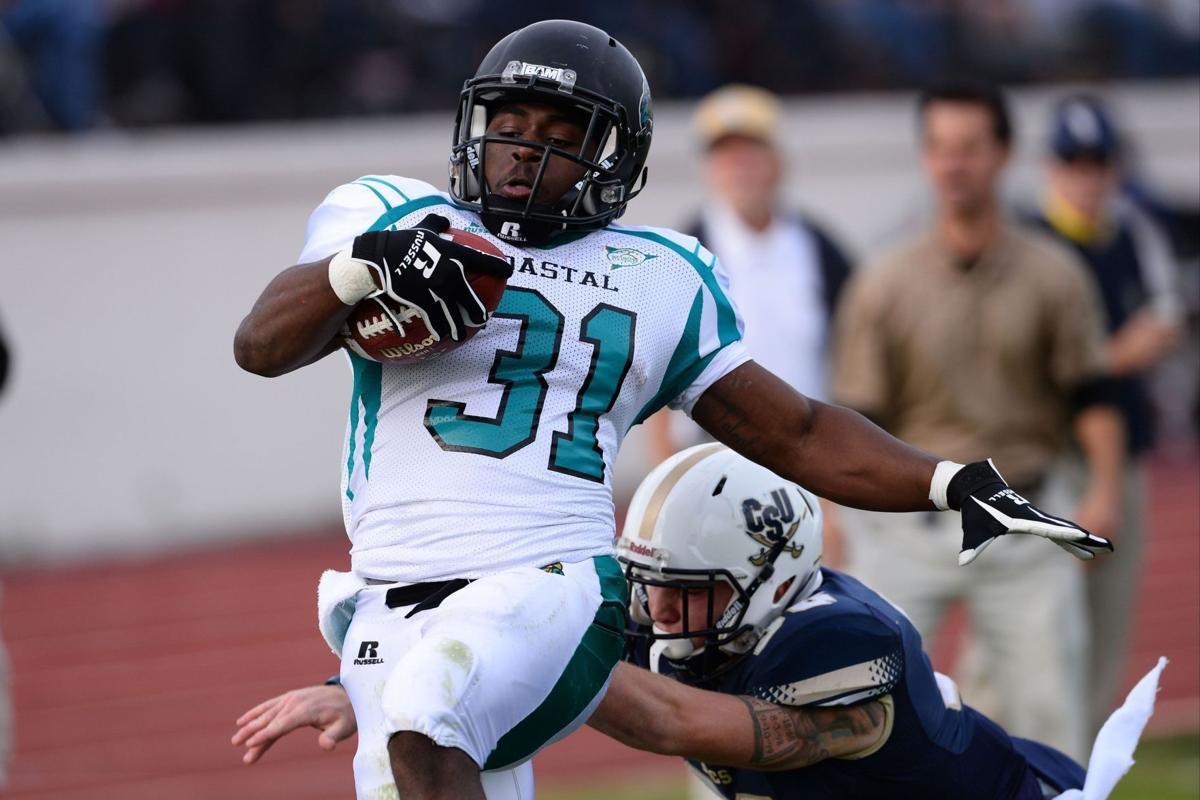 'Family' reunion Saturday for Citadel's Drayton, Coastal's Henderson
