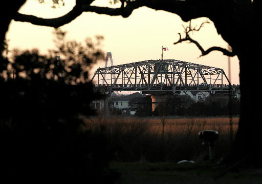 Swing bridge to be upgraded