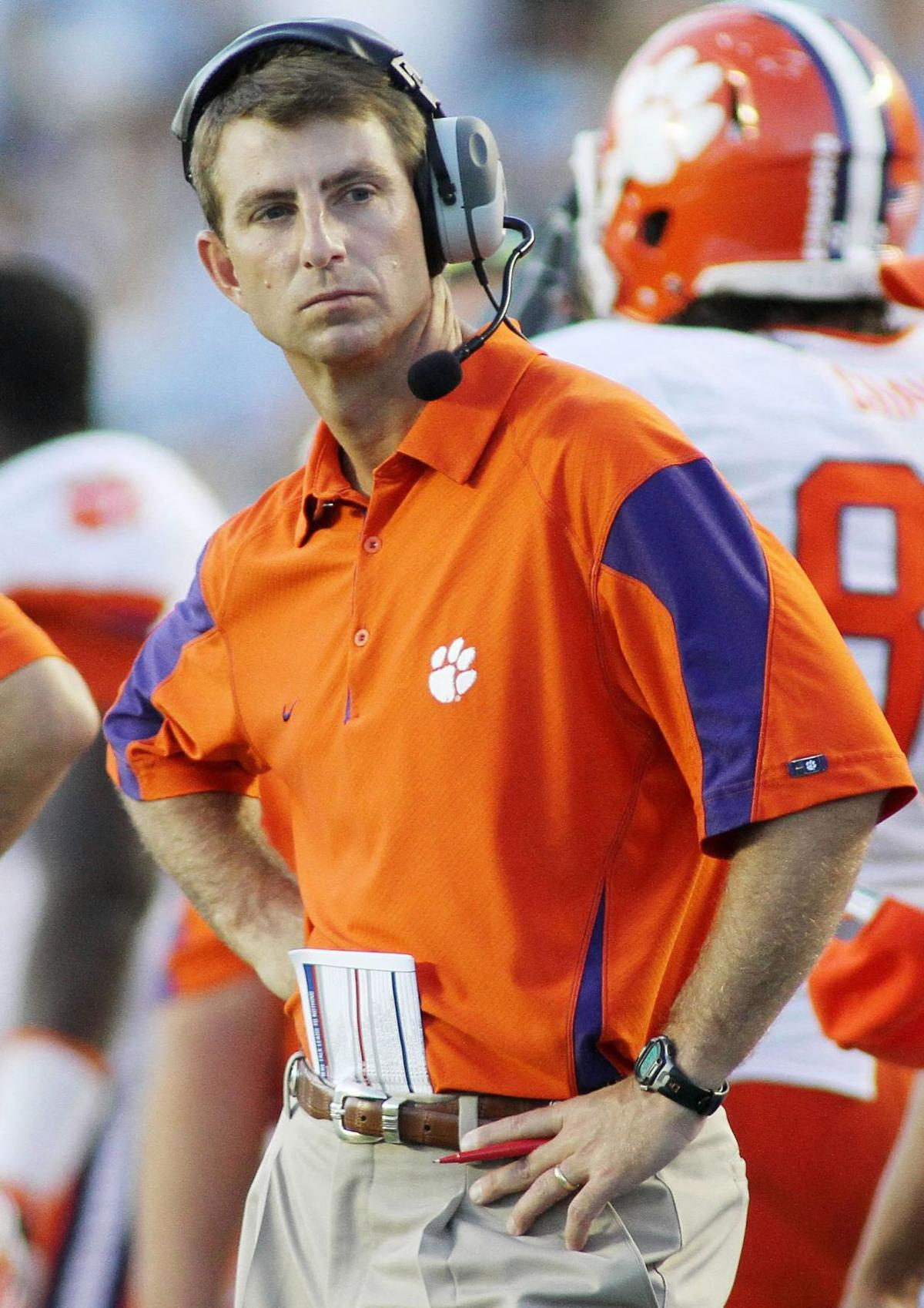Clemson coach anxious to see O-line in spring game