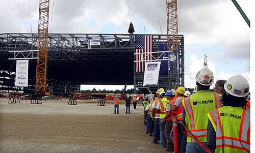 Boeing Topping Out