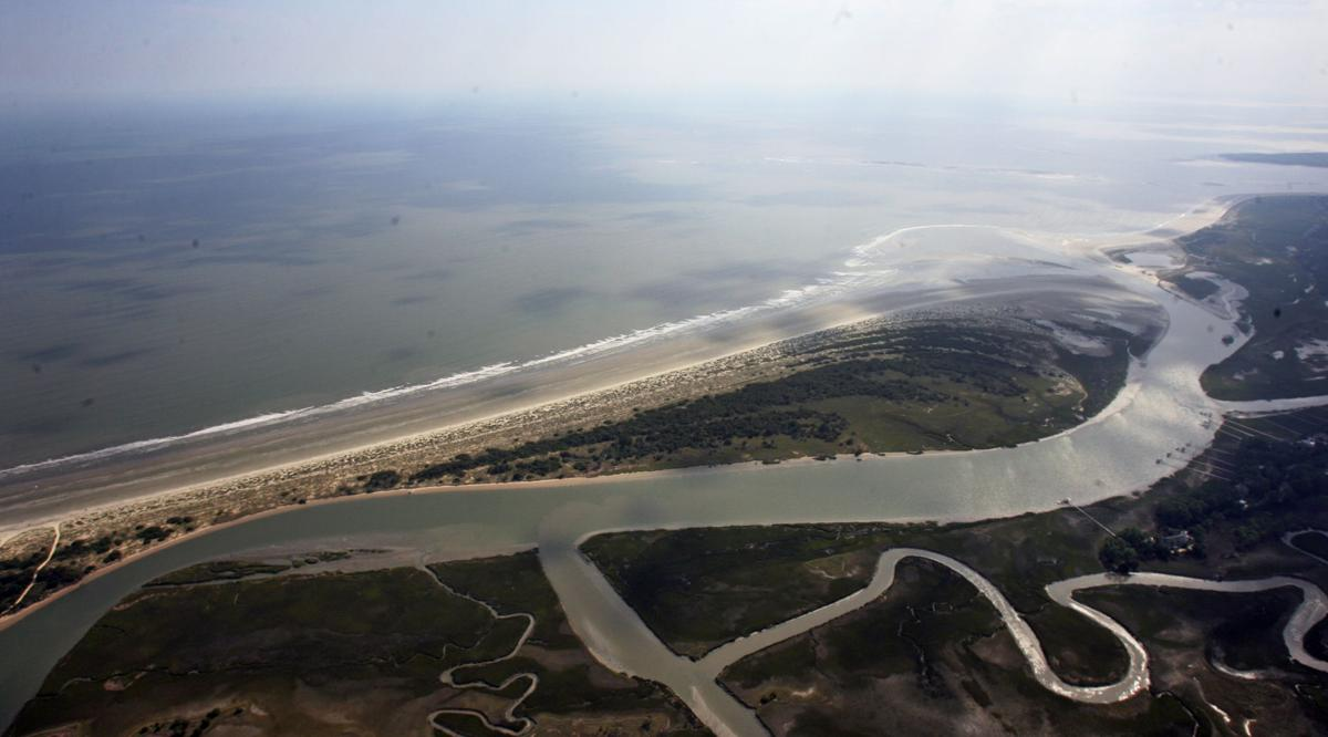 Spit plan may be costly to residents Kiawah homeowners group might be liable for repairs to access road