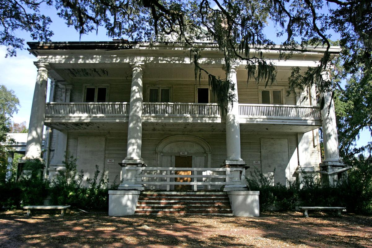 Admiral House Bed And Breakfast
