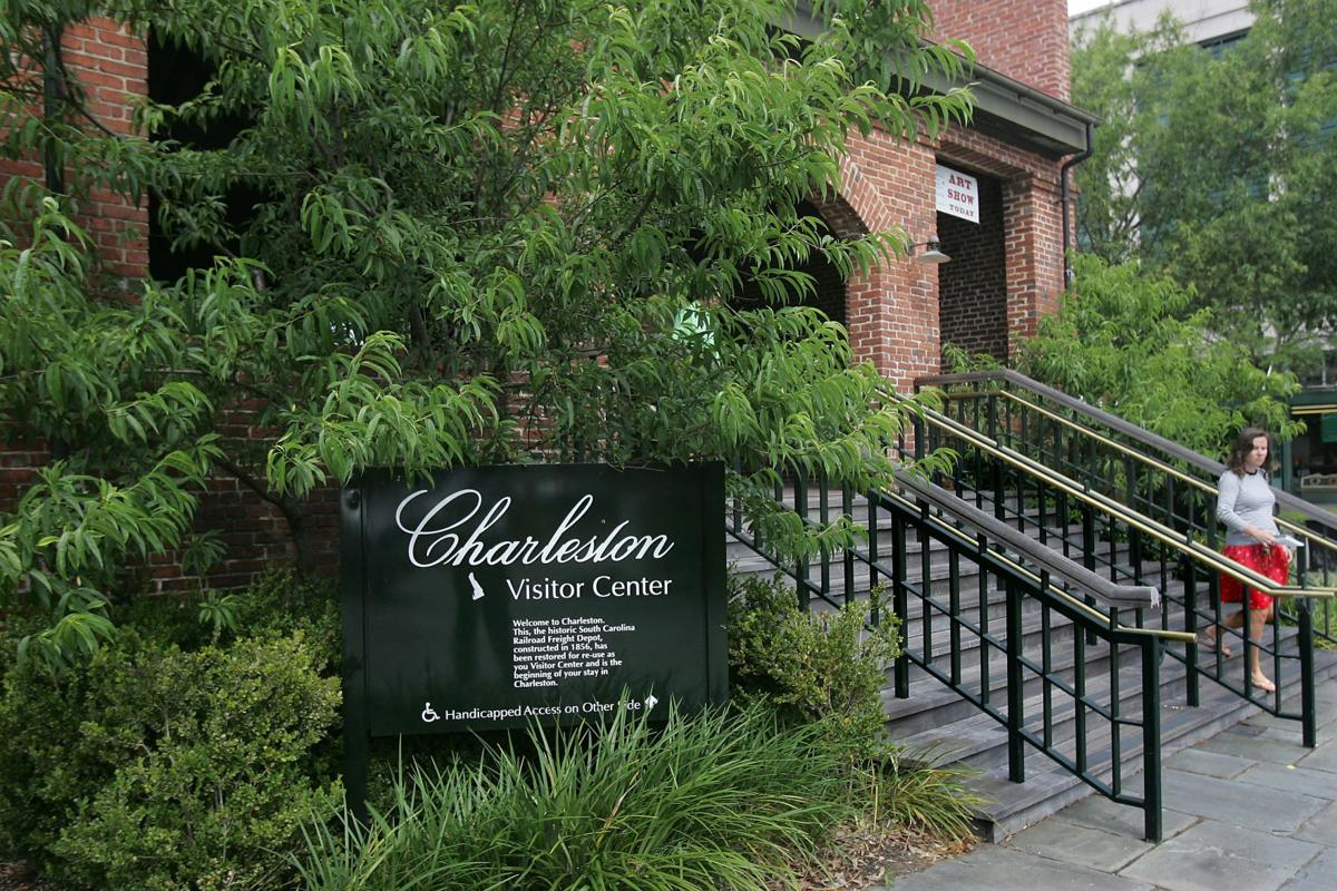 Charleston Visitor Center parking fees frustrate some tourists