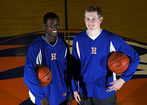Hanahan teammates return to court after bout with cancer