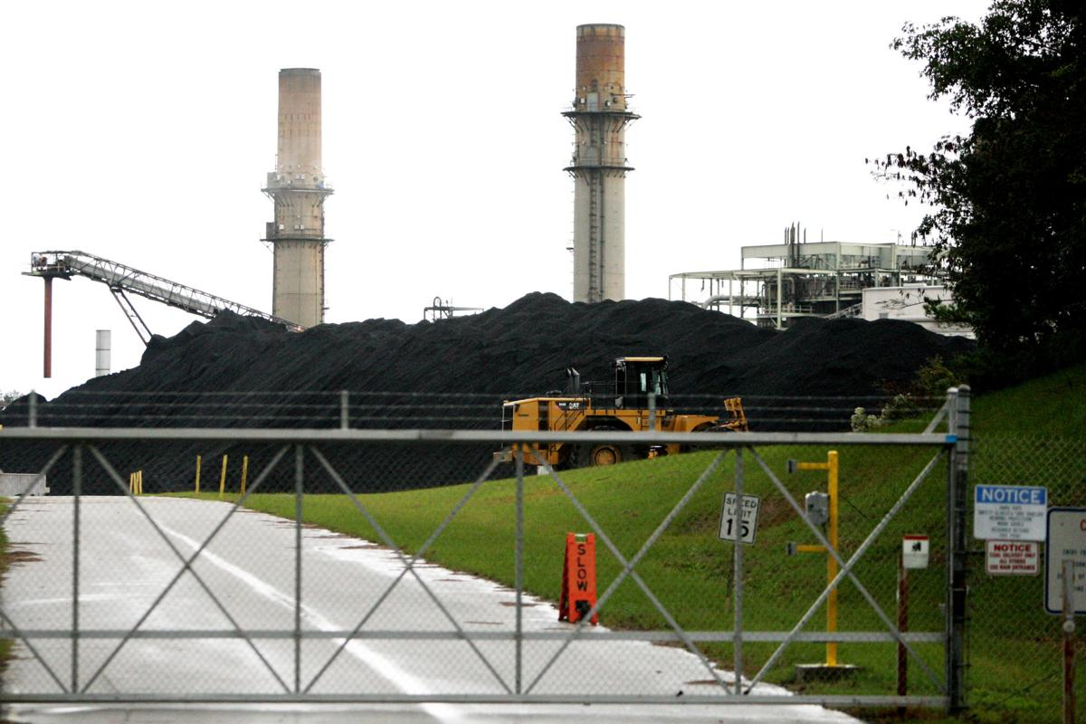 SCE&G to close six coal-fired units, including three near Walterboro, by 2018