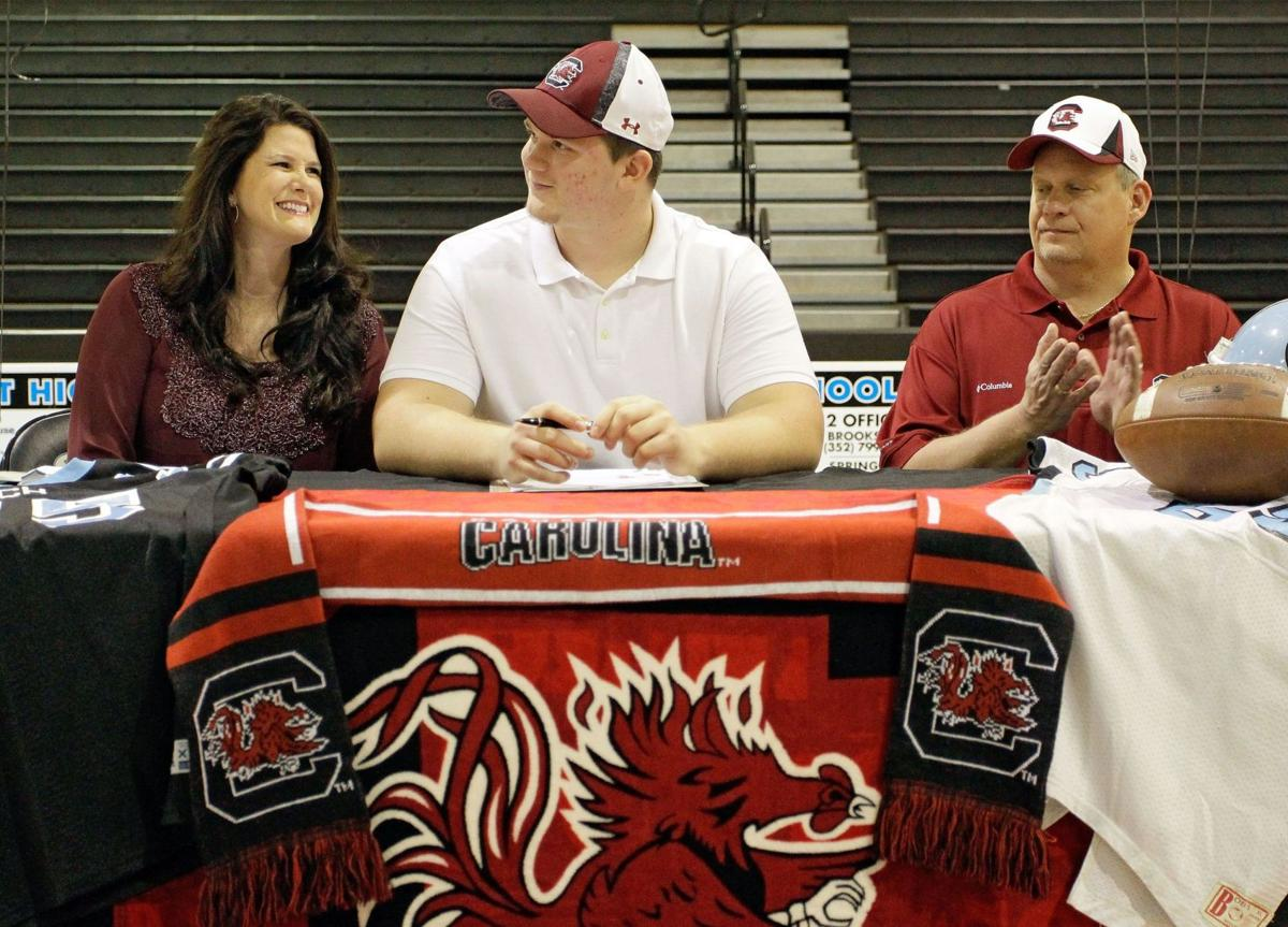 On Signing Day, Gamecocks finally find their pass rush