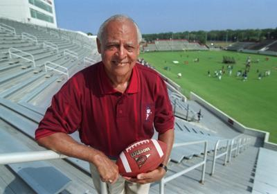 Willie Jeffries to coach in Medal of Honor Bowl (copy)