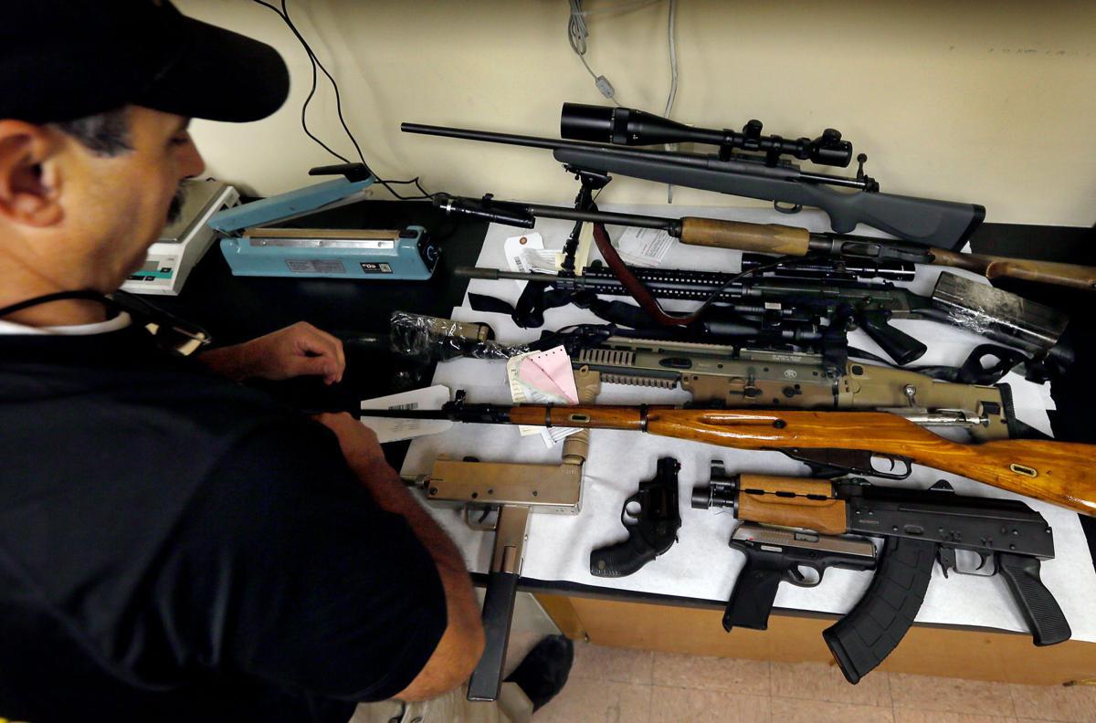 Sheriff guns.jpg