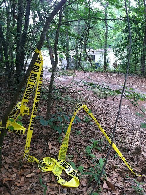 Charleston County deputies seek suspect in Lincolnville shooting