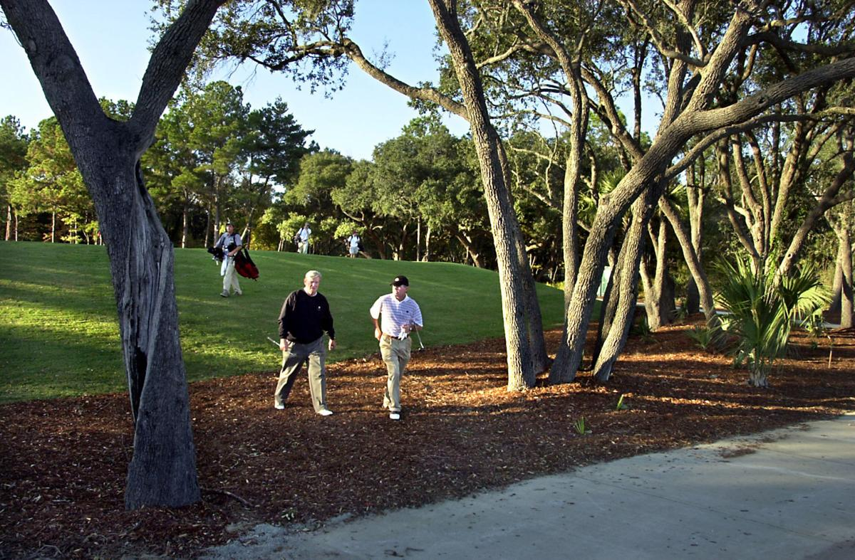 Ground rules set for auction of exclusive but broke Charleston area golf club