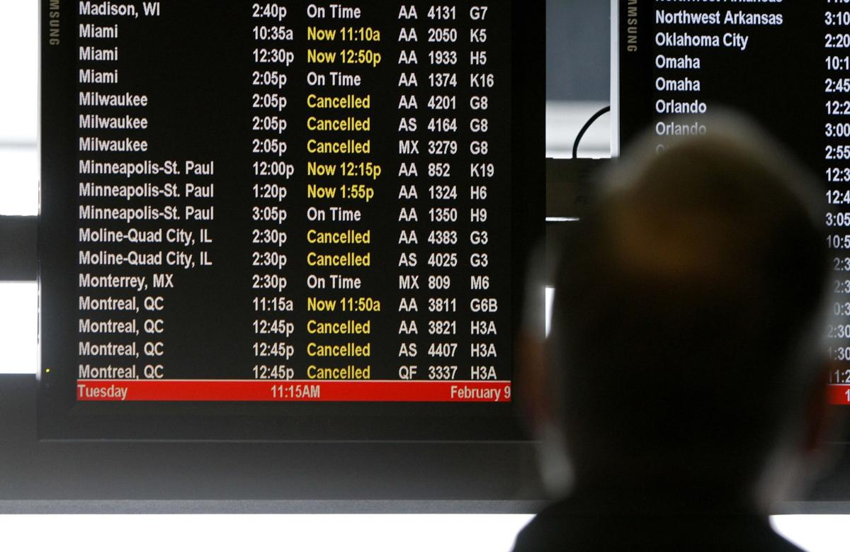 US airlines running behind schedule so far in 2014
