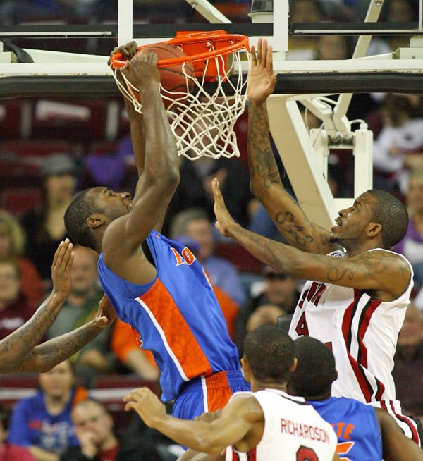 Florida routs USC, which has now lost four of its last five games