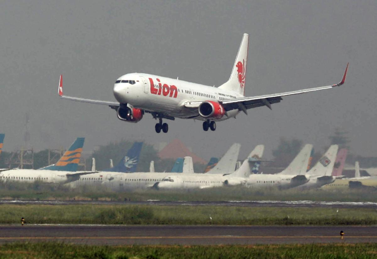 Indonesian airline orders $24B in jets from Airbus