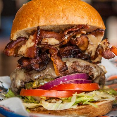 Bad Daddy's Burger Bar makes its Summerville debut