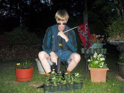 Dylann Roof with gun, flag (copy)