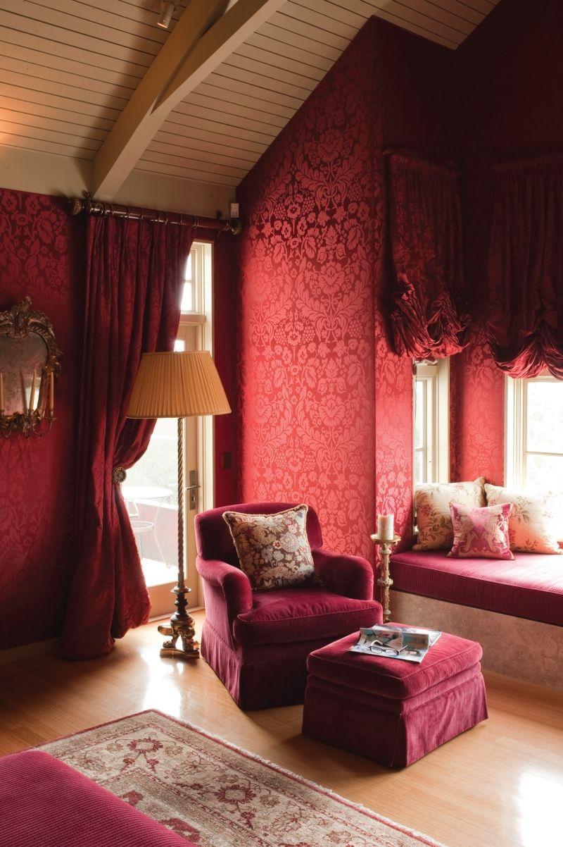 Designer creates beautiful, inviting bedrooms