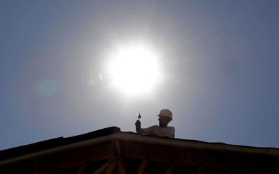 Study says hotter days in U.S. zap earning power