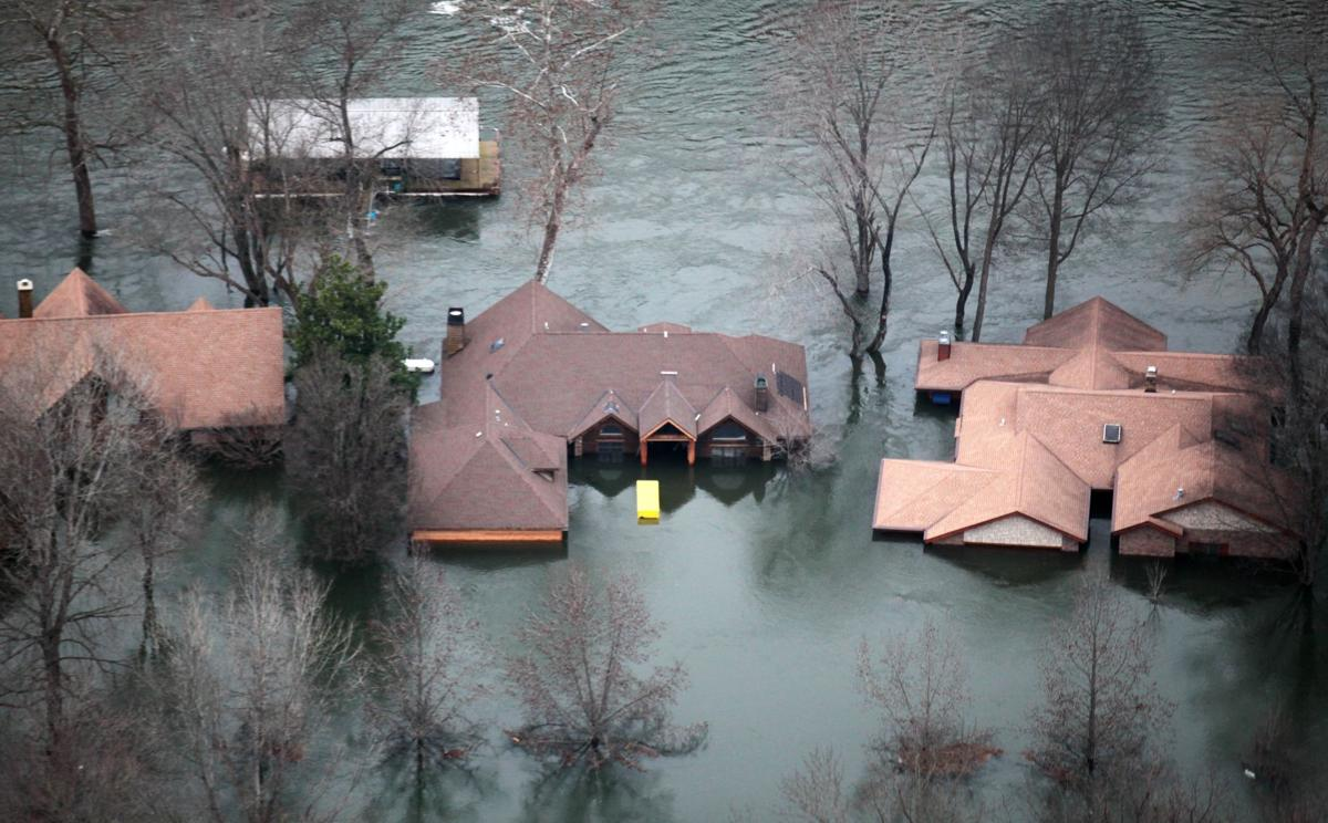 Flooding overwhelms Midwest