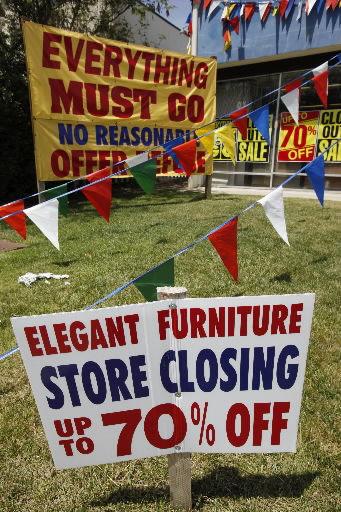 Hopes dashed as retail sales dip