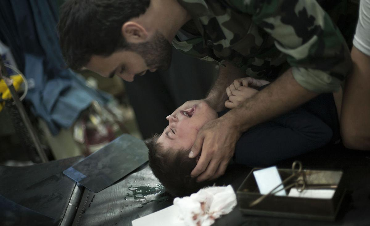 Syrian hospital struggles to cope with civil war