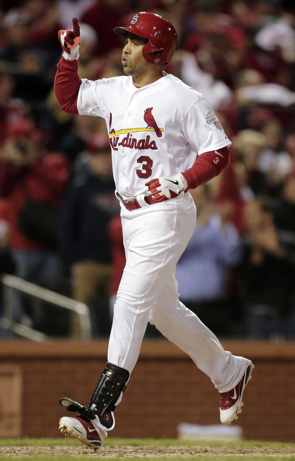 Cardinals roll, even up series