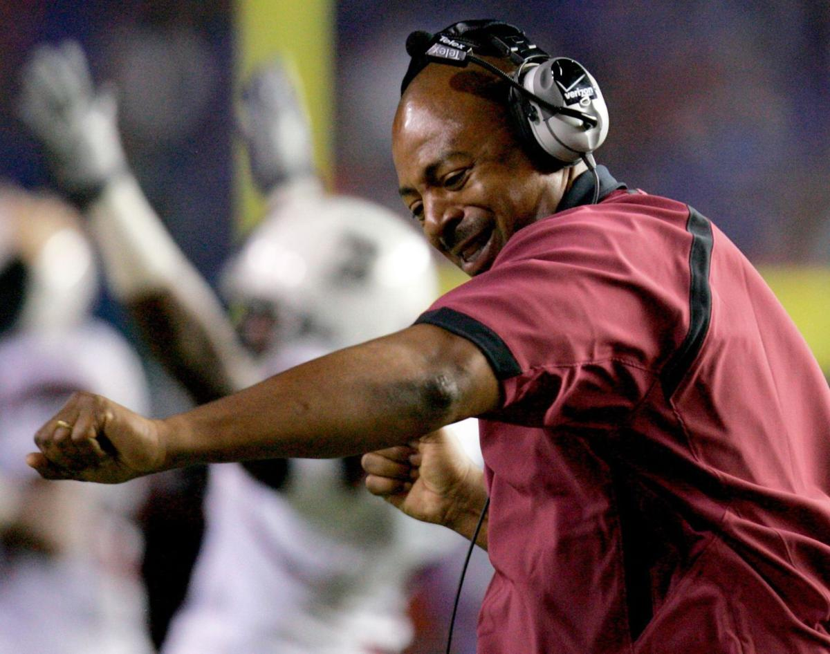 South Carolina's defensive dictator: Lorenzo Ward's brash style serves him well in coaching and in life