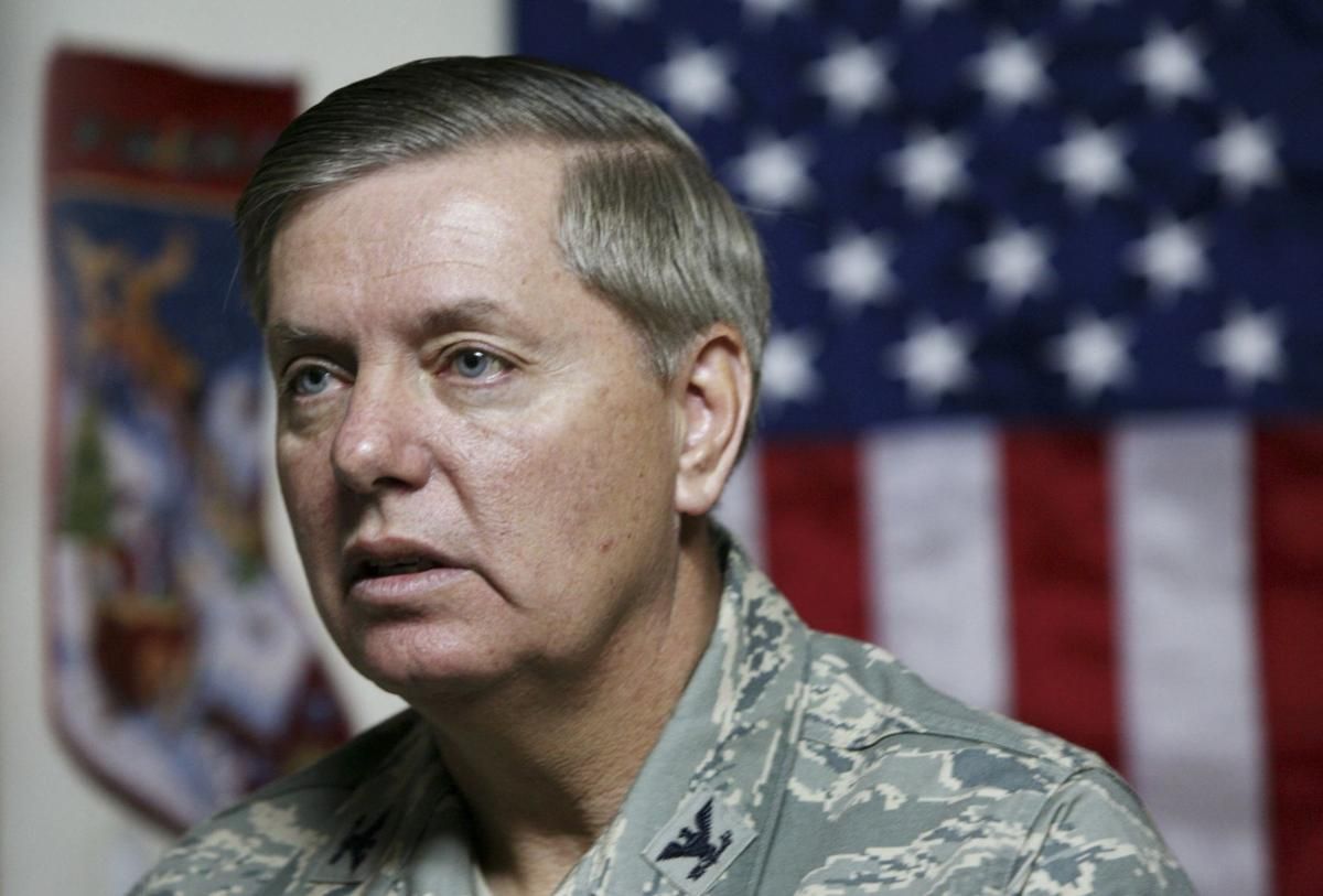 Graham leaving Air Force ahead of run for commander in chief
