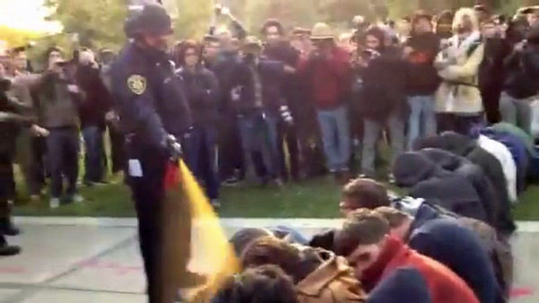 University of California, Davis launches inquiry over pepper spraying