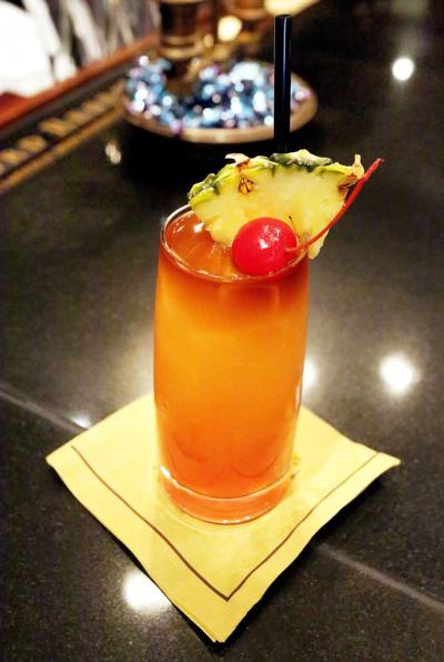 Dine like a Charlestonian Highlights on local traditions and foods Rum cocktail Planter's Punch is historic, but it's from off