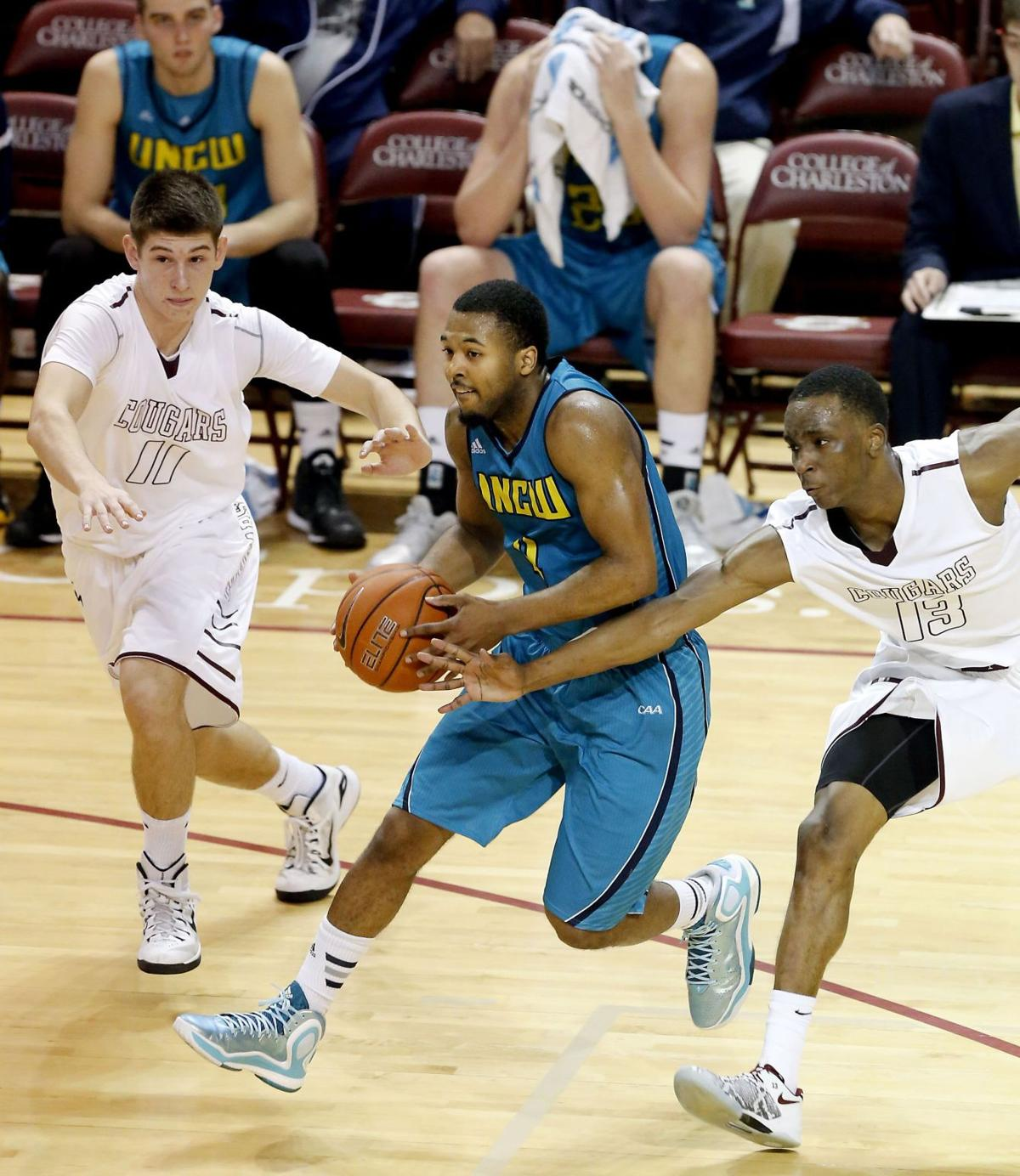 UNCW slips past College of Charleston
