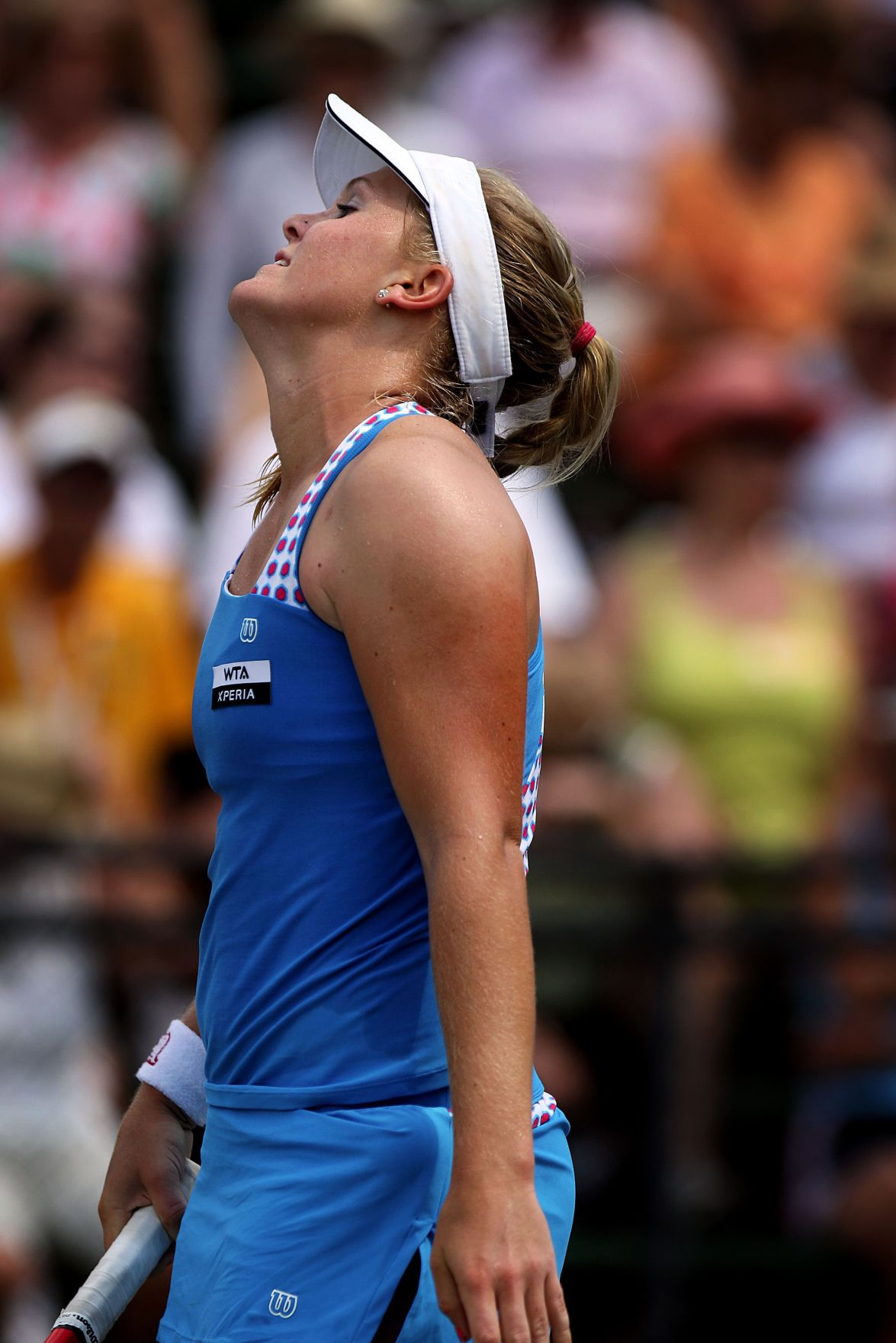 American Oudin loses at Family Circle Cup