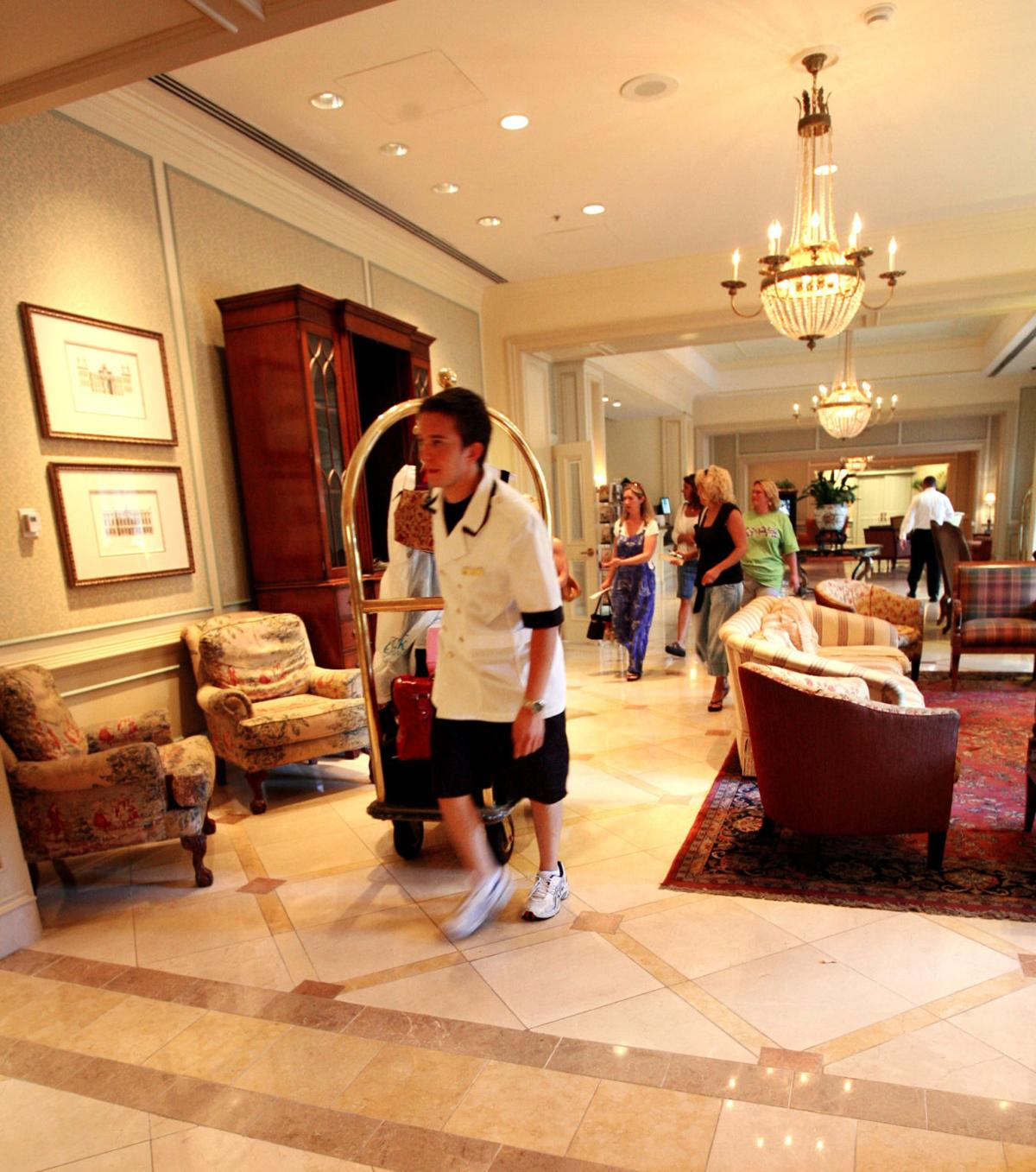 Judge OKs $3.5M settlement in hotel tax suit