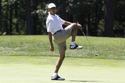 Obama lands in deep vacation rough