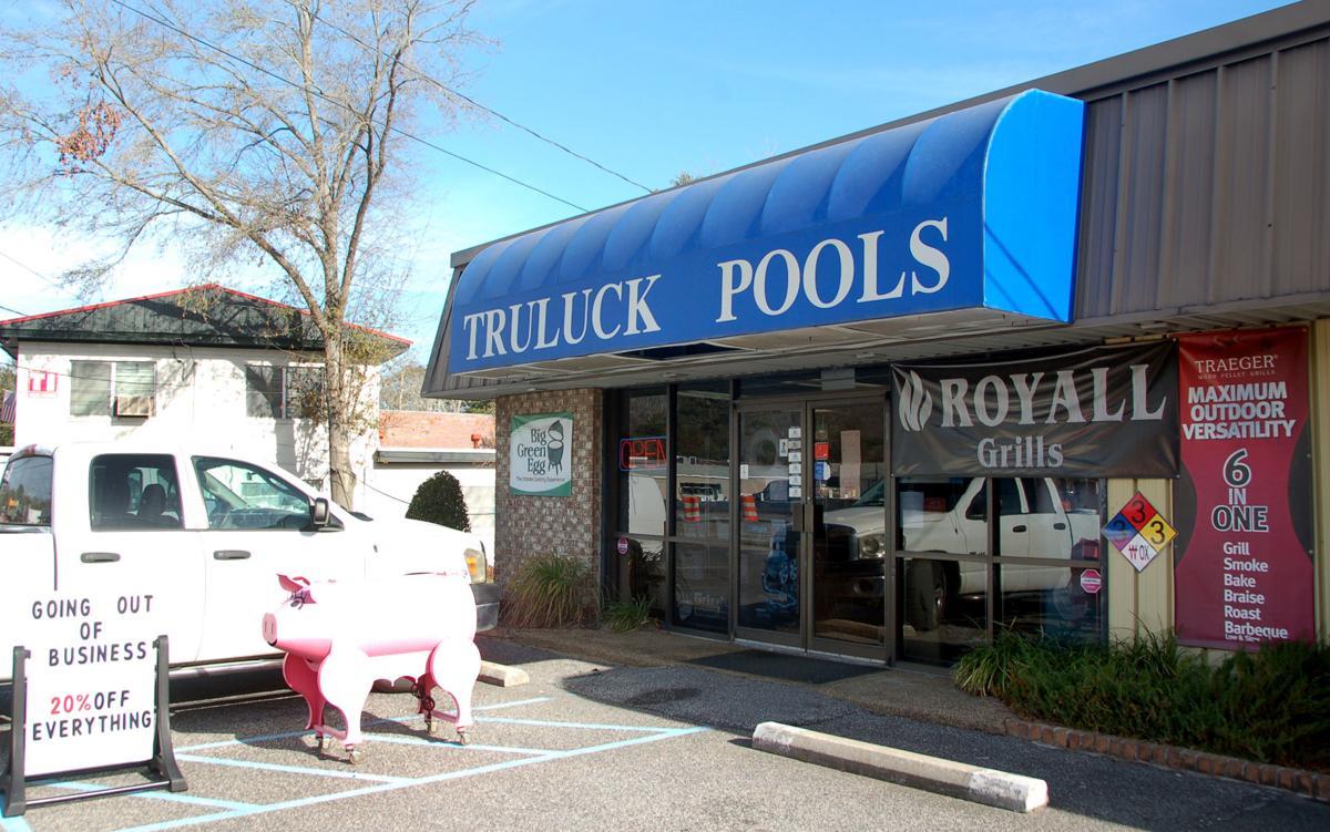 truluck pools.jpg (copy)
