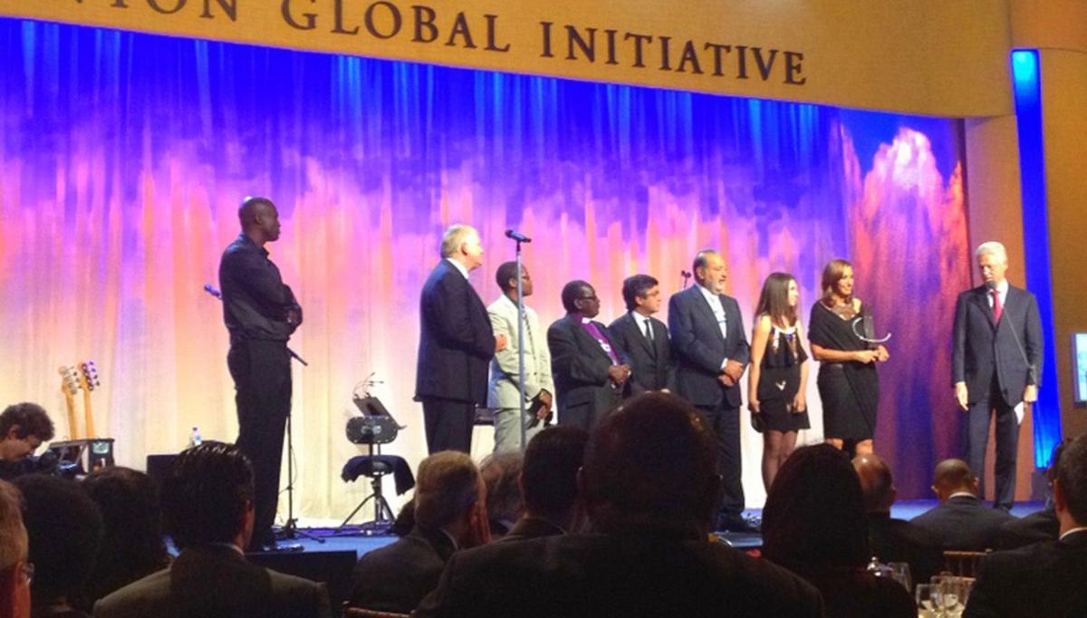 Summerville teen receives leadership award