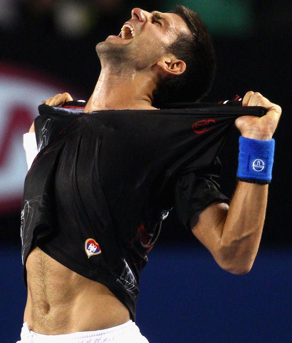 Djokovic outlasts Nadal
