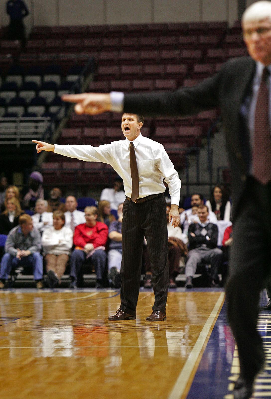 College of Charleston vs. CSU basketball