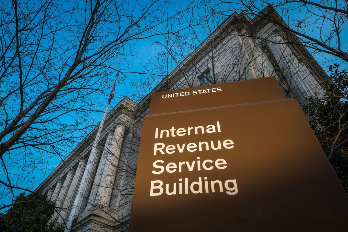 Union fights push to hire private tax collectors