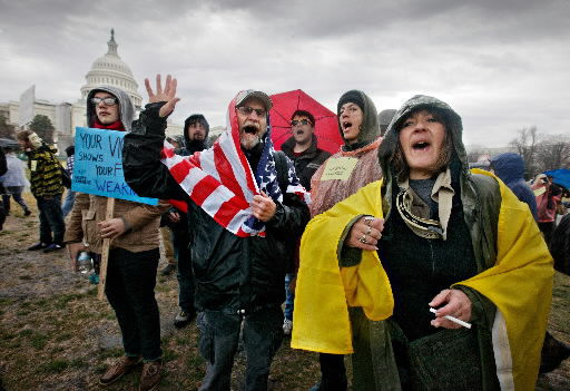 Several hundred Occupy protesters rally at Capitol