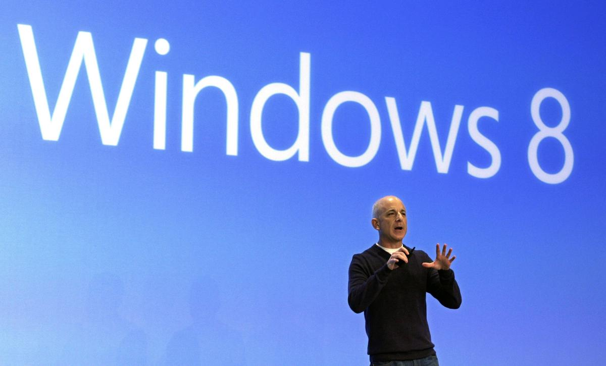 Microsoft to offer free update for new Windows 8 operating system