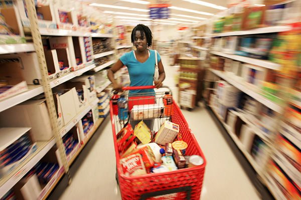 Urban food deserts: Lack of large grocers a major inconvenience in many neighborhoods