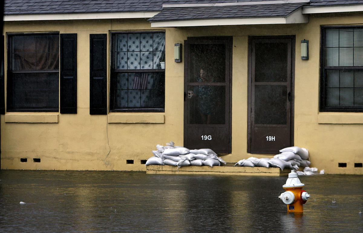 pc-041018-ne-flooding