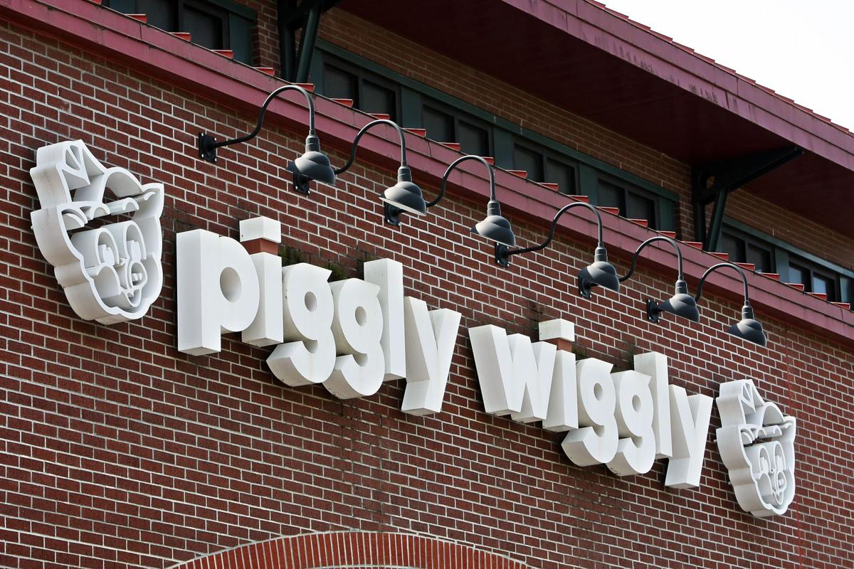 Bi-Lo forking over $35M cash for Pig purchase Another Piggly Wiggly closing